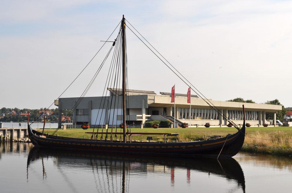 ROSKILDE - Museum